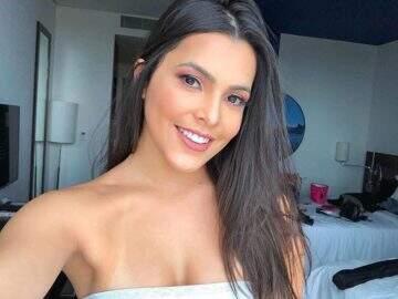 "Ex-BBB Emilly Araújo posa de biquíni e exibe barriga definida: ""Maravilhosa demais!"""
