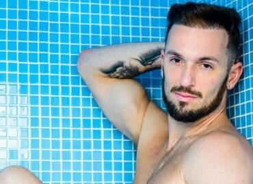 Diego Hypólito fala sobre bullying que sofreu por ser gay