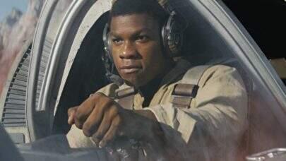 """John Boyega revela que perdeu roteiro de """"Star Wars: A Ascensão Skywalker"""""""