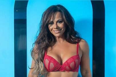 """Após Viviane Araújo causar em ensaio, celebridade posa na cama: """"Assim?"""""""