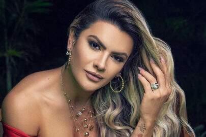 """Mirella Santos ousa com vestido vermelho e conquista elogios: """"Que mulher"""""""