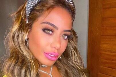 Rafaella Santos abusa no photoshop e umbigo desaparece