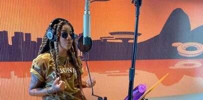 Após prometer para os fãs, Ludmilla grava EP de pagode