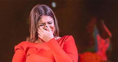 """Marília Mendonça posta foto de seu primeiro fora amoroso: """"Começava o reinado sofrencial"""""""