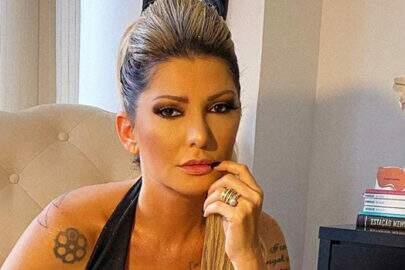 """Antonia Fontenelle divulga novo foto de ensaio: """"O que precede a quebradeira"""""""