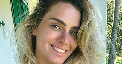 """Carolina Dieckmann compartilha sequência de seis fotos e brinca: """"Quem é você hoje?"""""""