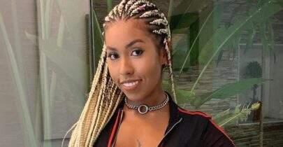 Irmã de Gracyanne Barbosa exibe boa forma em cenário paradisíaco e dá o que falar
