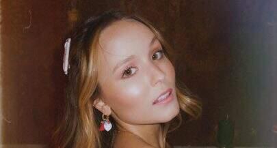 Larissa Manoela exibe cabelos ruivos e é comparada à Marina Ruy Barbosa