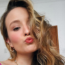 Larissa Manoela compartilha vídeo dançando e dá o que falar na web