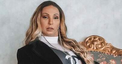 Valesca Popozuda posa à vontade em foto e leva seguidores à loucura
