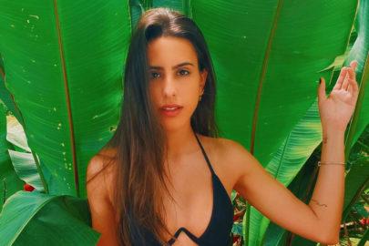 Irmã de Cleo Pires rouba a cena nas redes sociais ao posar em cenário paradisíaco