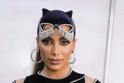 """Anitta se fantasia de pantera e enlouquece a web: """"Perfeição tem nome"""""""