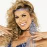Lívia Andrade anima fãs com foto de figurino carnavalesco