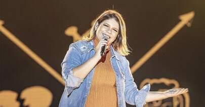 """""""Tentativas"""": Marília Mendonça anuncia data de lançamento de música nova"""