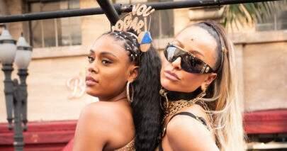 """MC Rebecca e Sabrina Sato curtem bloquinho juntas e fãs reagem: """"Proprietárias do Carnaval"""""""