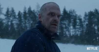 """Hopper está vivo em outra realidade no primeiro teaser da 4ª temporada de """"Stranger Things"""""""