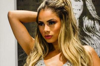 """Lexa anuncia nova parceria e ostenta boa forma em look ousado: """"Venenosa"""""""