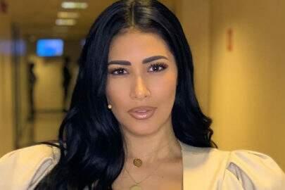 "Simaria esbanja beleza em selfie e encanta seguidores: ""Essa sabe ser perfeita"""