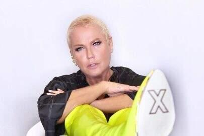 Sobrinho de  Xuxa Meneghel mostra clique inédito da apresentadora