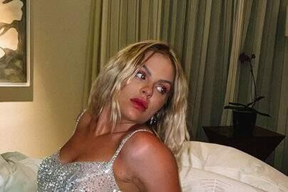"""Luisa Sonza relembra clique com look inovador e brinca: """"A gente achava que 2020 ia ser só glória"""""""
