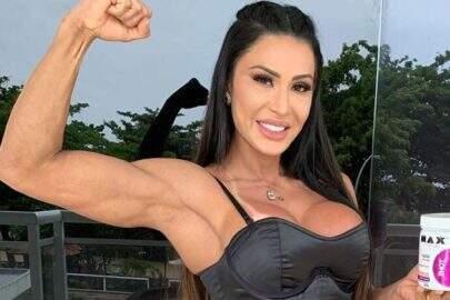 Gracyanne Barbosa mostra novo treino caseiro e esbanja boa forma fitness