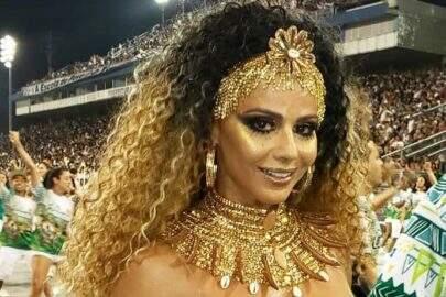 """Viviane Araújo relembra vídeo do carnaval em """"TBT"""": """"Saudade de sambar"""""""
