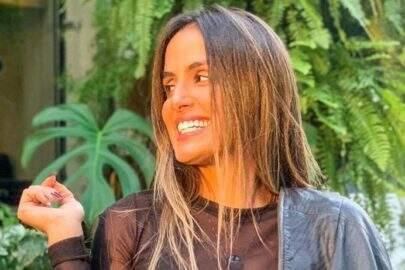 """Carol Peixinho posta foto de maiô e forma física impressiona: """"Equilíbrio, né?"""""""