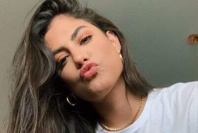 """Mari Gonzalez posa bem à vontade em clique deslumbrante: """"Tão linda"""""""