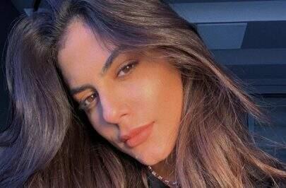 "Mari Gonzalez exibe beleza natural em dia de sol e impressiona: ""Perfeita!"""