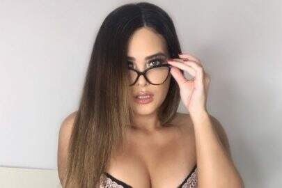 """Geisy Arruda faz vídeo com modelito vermelho inusitado e brinca: """"Anotando os perrengues"""""""