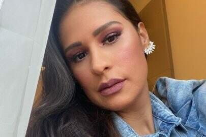 """Simone posa com look deslumbrante de festa junina e recebe elogios: """"Que deusa"""""""