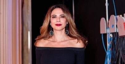 Aos 50 anos, Luciana Gimenez exibe barriga sarada e eleva o clima na web