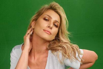 Lívia Andrade divulga foto encantadora e deixa fãs chocados