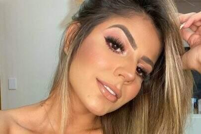 Ex-BBB Hariany Almeida esbanja boa forma em clique e chama atenção da web