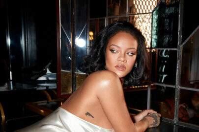 Rihanna sofre acidente de moto e machuca rosto