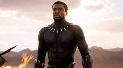 Equipe de Chadwick Boseman explica por que ator escondeu luta contra câncer