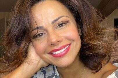 "Viviane Araújo relembra viagem e exibe corpo sarado na praia: ""Musa!"""
