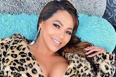 "Mãe de Lexa surge deslumbrante no Instagram e brinca: ""Sua tigresa"""