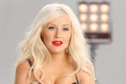 """Christina Aguilera desabafa sobre relação que tem com seu corpo: """"Não vou fazer dieta"""""""