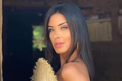 """Ex-BBB Ivy Moraes surge como veio ao mundo em ensaio e choca seguidores: """"Uau!"""""""