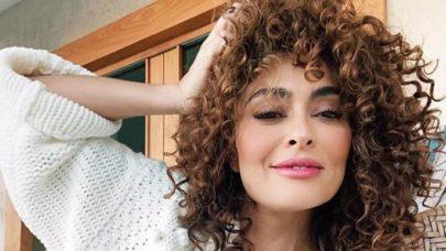"""Juliana Paes dá """"bom dia"""" aos seguidores com foto em balanço de praia"""