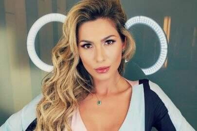 """Lívia Andrade impressiona seguidores com nova selfie espontânea: """"Toda perfeita"""""""