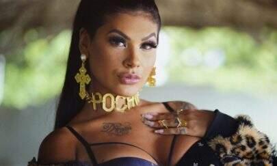 """Pocah posta vídeo exibindo corpão em look minimalista e detalhe ousado chama atenção: """"UAU!!"""""""