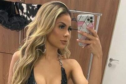"Lexa posta selfie encantadora e beleza natural choca web: ""Diva"""