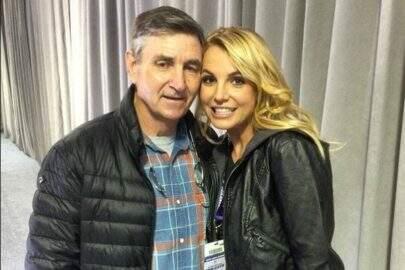 Pai de Britney Spears processa advogado em meio a boatos de abuso tutelar