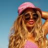 """Rafaella Santos aproveita dia de praia para anunciar novo projeto: """"Novidade para vocês"""""""
