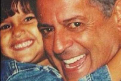 """Filha de Flávia Alessandra emociona ao homenagear pai: """"Torço pra que esteja bem"""""""