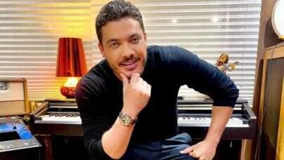 Wesley Safadão divulga novo álbum e revela se posaria nu