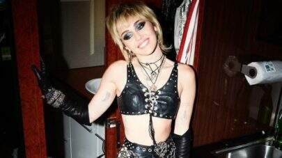 Miley Cyrus confirma que está gravando álbum de covers do Metallica