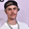 """Justin Bieber relembra prisão há 7 anos e comenta superação: """"Perdão de Jesus"""""""